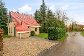 Bruine Hoopsweg